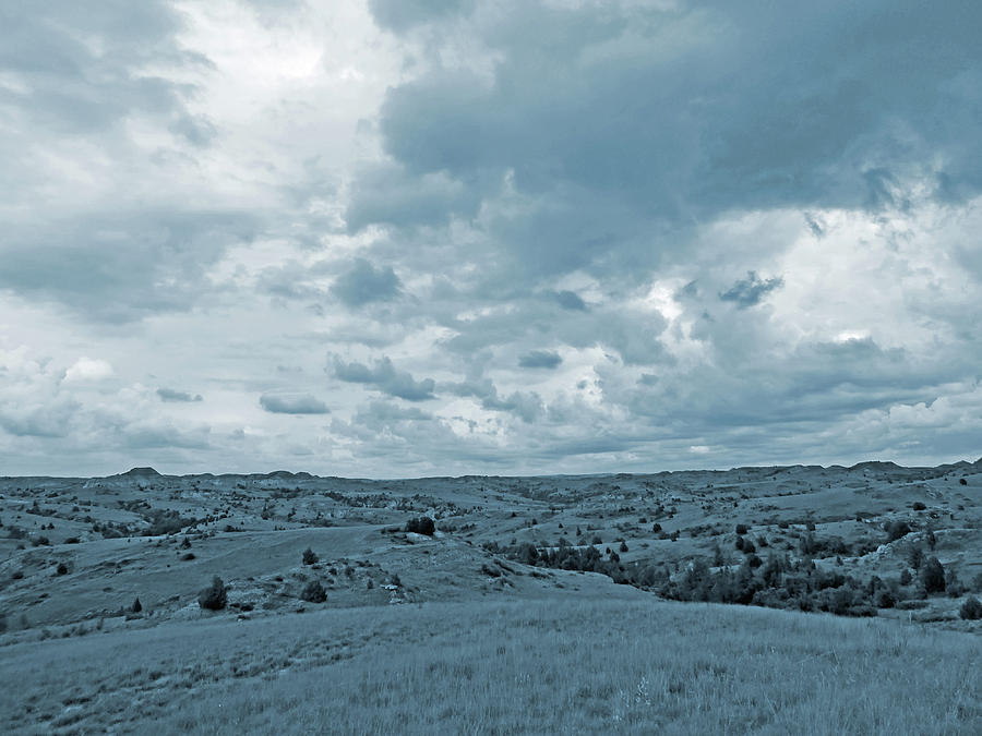 North Dakota Photograph - Great Plains Grandeur by Cris Fulton