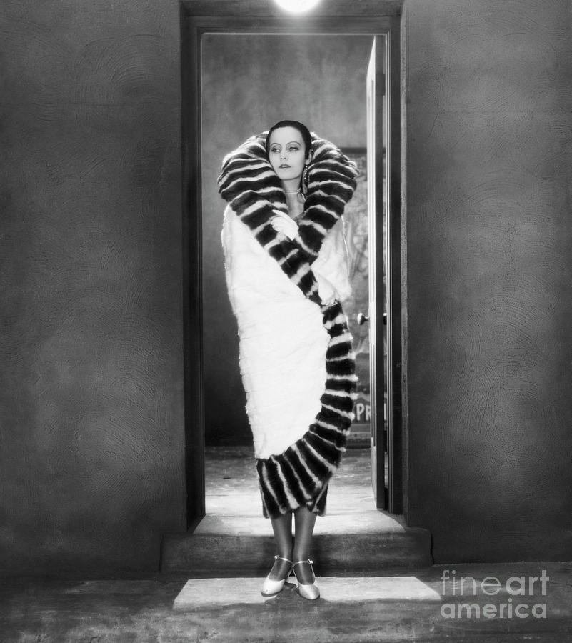 Greta Garbo In Torrent Photograph by Bettmann