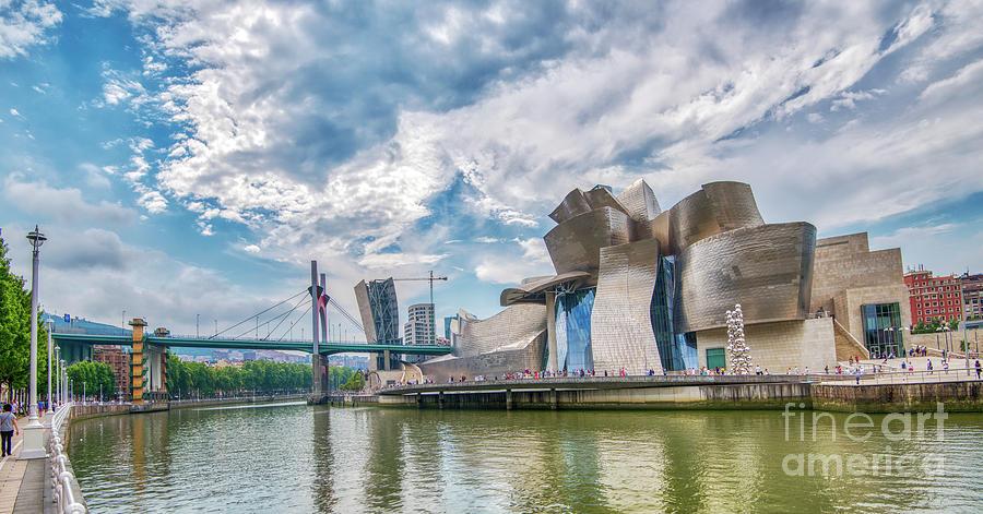 Guggenheim Museum 1 by Mauro Celotti