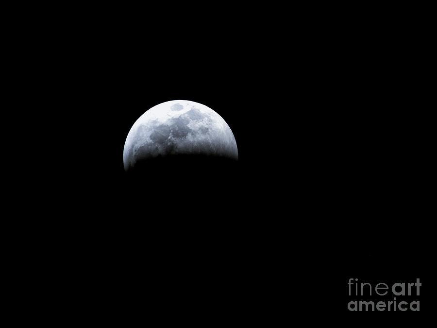 Moon Photograph - Half Gone Super Blood Wolf Moon Lunar Eclipse 2019 29407 by Robert Knight