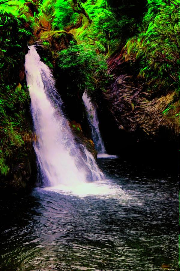 Hanawi falls by Tom Prendergast