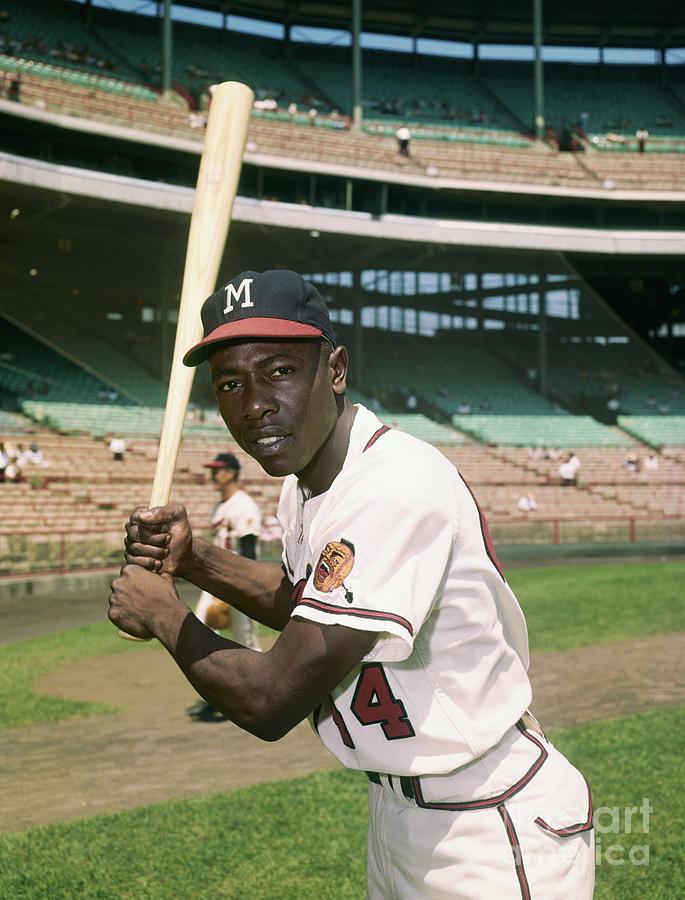 Hank Aaron Of The Milwaukee Braves Photograph by Bettmann