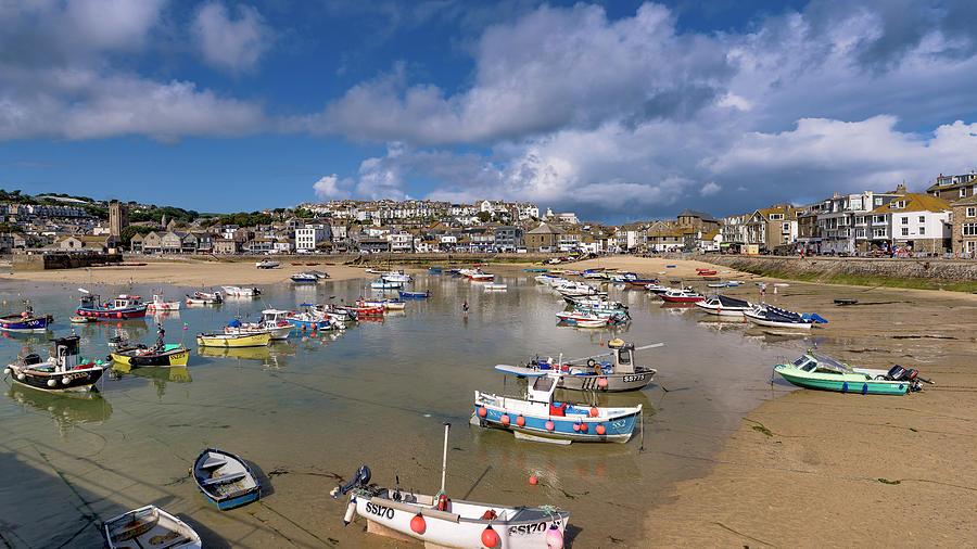 Harbour - St Ives Cornwall by Eddy Kinol
