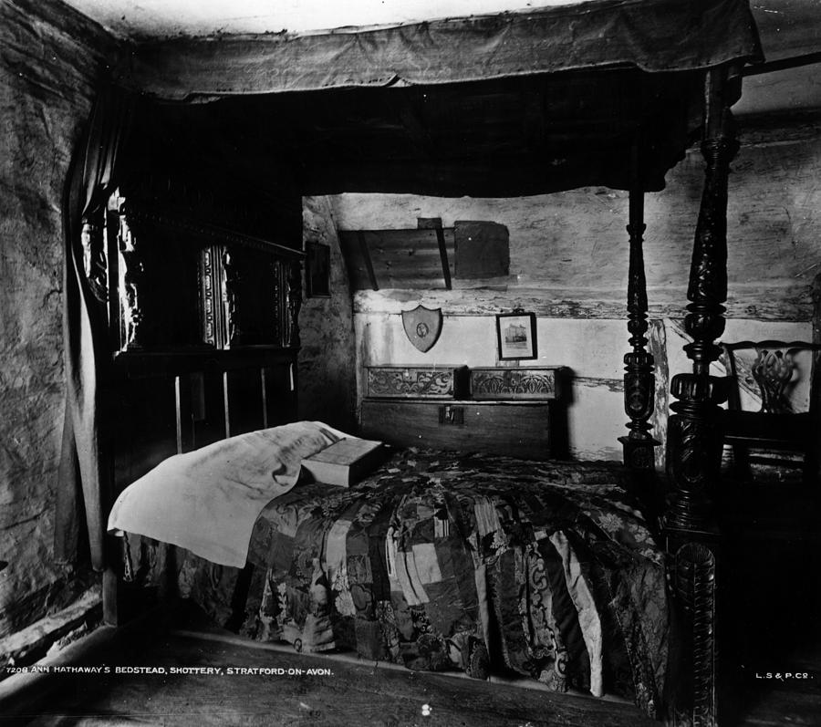 Hathaways Bed Photograph by London Stereoscopic Company
