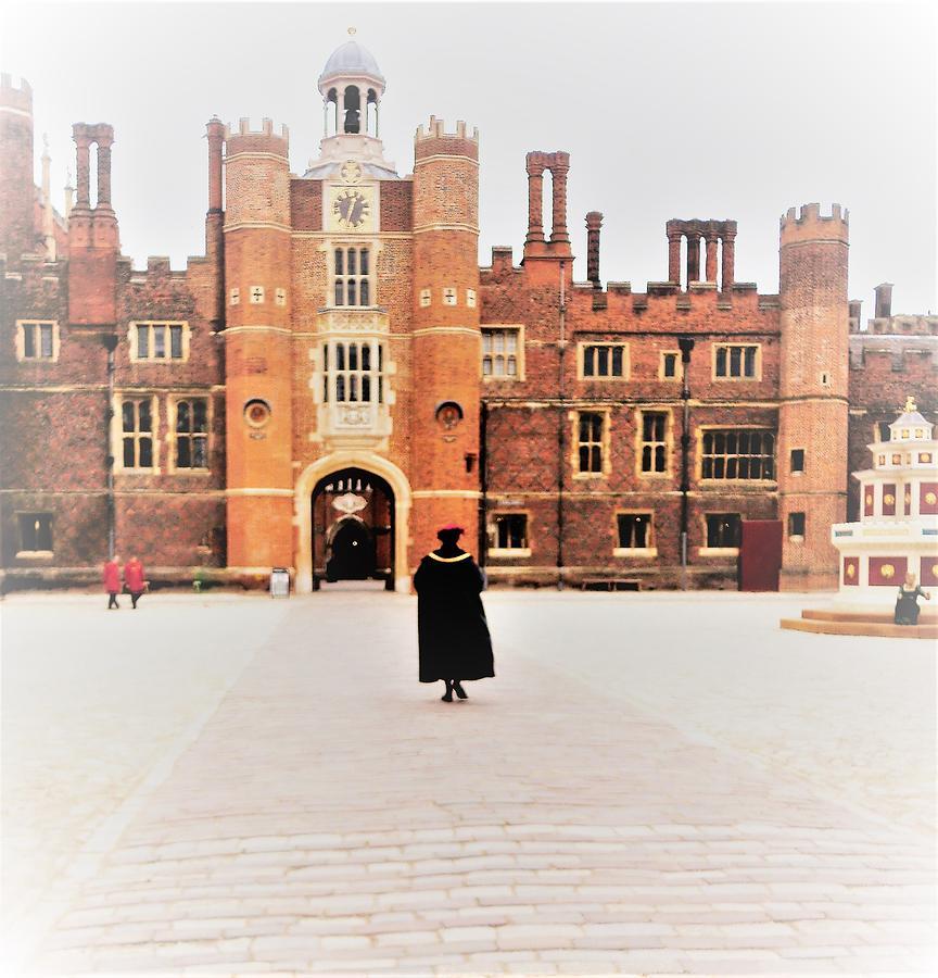- Haunting of Hampton Court Palace by - Theresa Nye