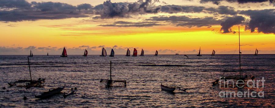 Sunset Photograph - Hawaiian Sunset - Honolulu, Oahu, Hawaii by D Davila