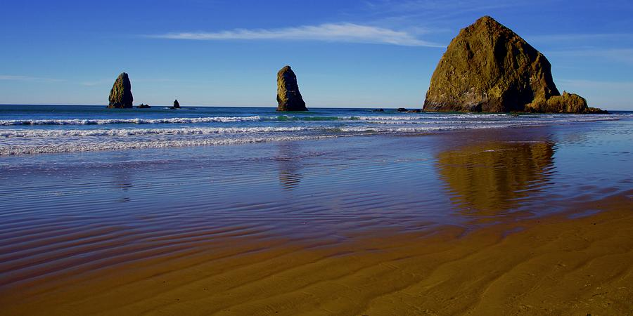 Haystack Rock Panoramic by Todd Kreuter
