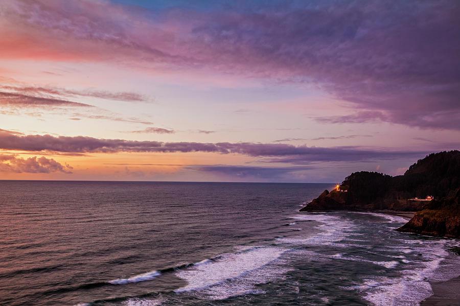 Sunset Photograph - Heceta Head Lighthouse by Andrew Soundarajan