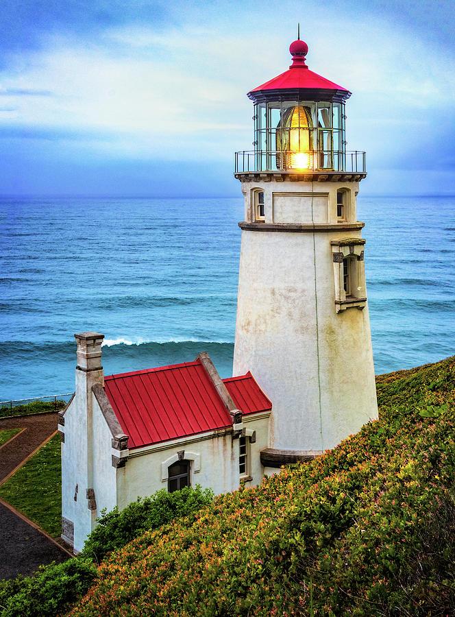 Heceta Head Lighthouse by Carolyn Derstine