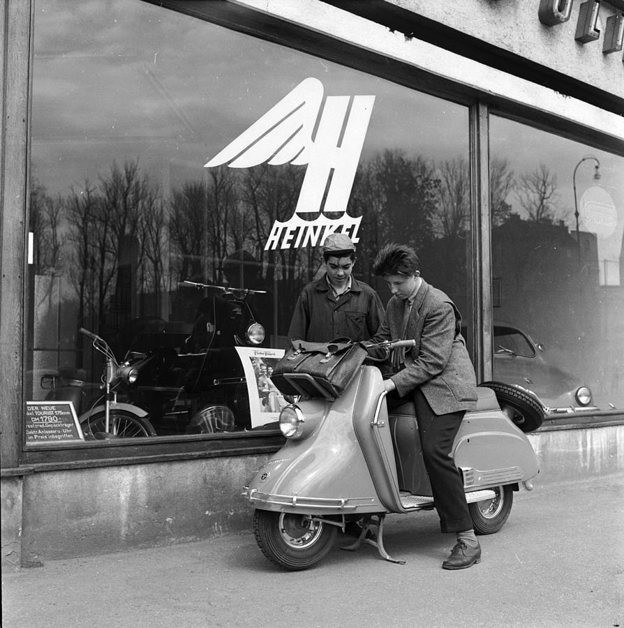 Heinkel Vespa Photograph by Harry Kerr