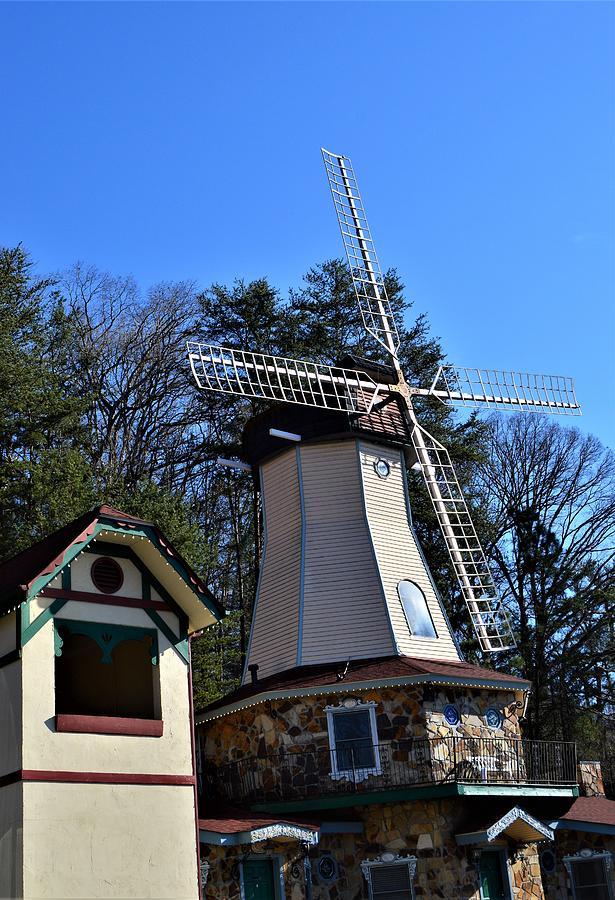 Helen Georgia Windmill  by Warren Thompson
