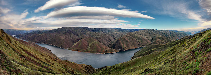 Altitude Photograph - Hells Canyon Panoramic by Leland D Howard