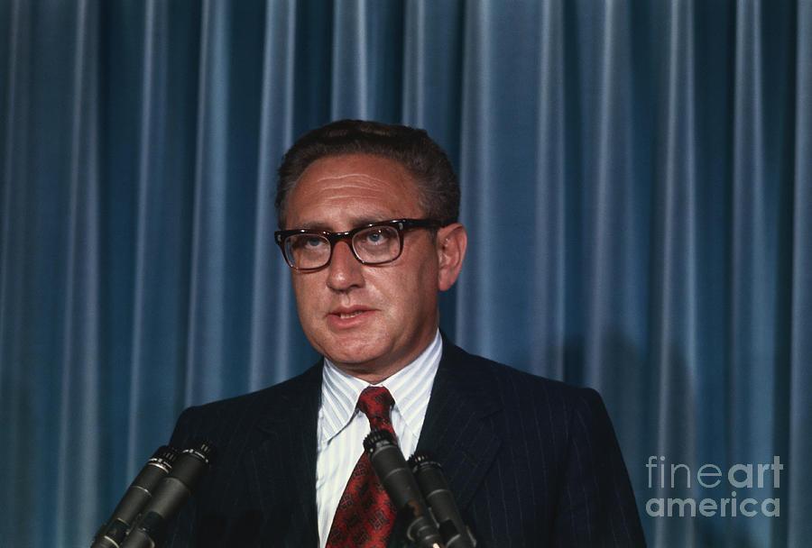 Henry Kissinger Announcing Nixons Trip Photograph by Bettmann