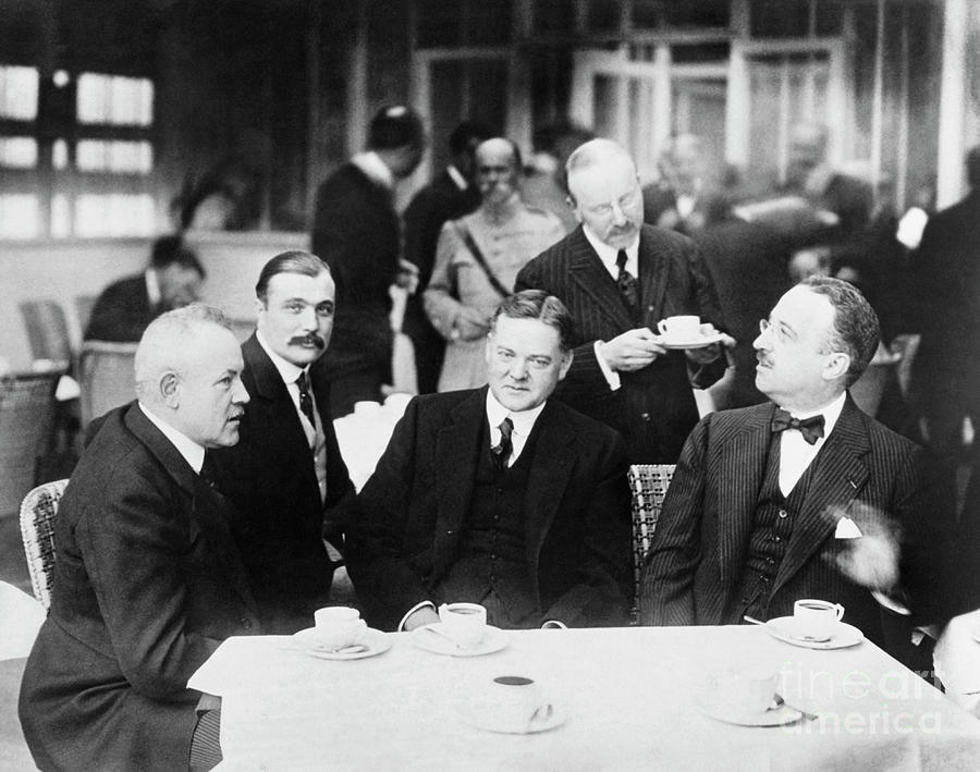 Herbert Hoover Meeting With French Photograph by Bettmann