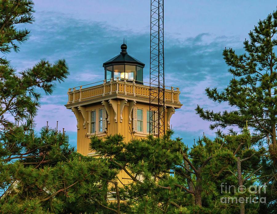 Hereford Inlet Lighthouse 2019-2 by Nick Zelinsky