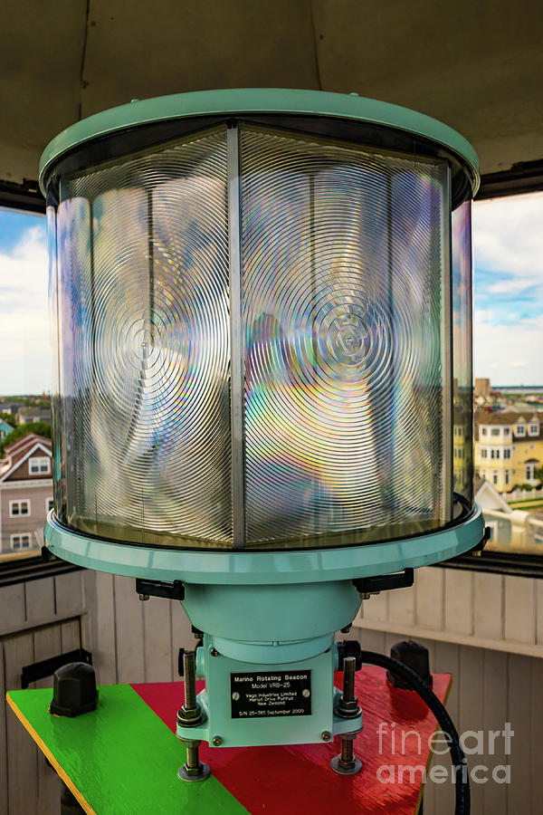 Hereford Inlet Lighthouse beacon by Nick Zelinsky