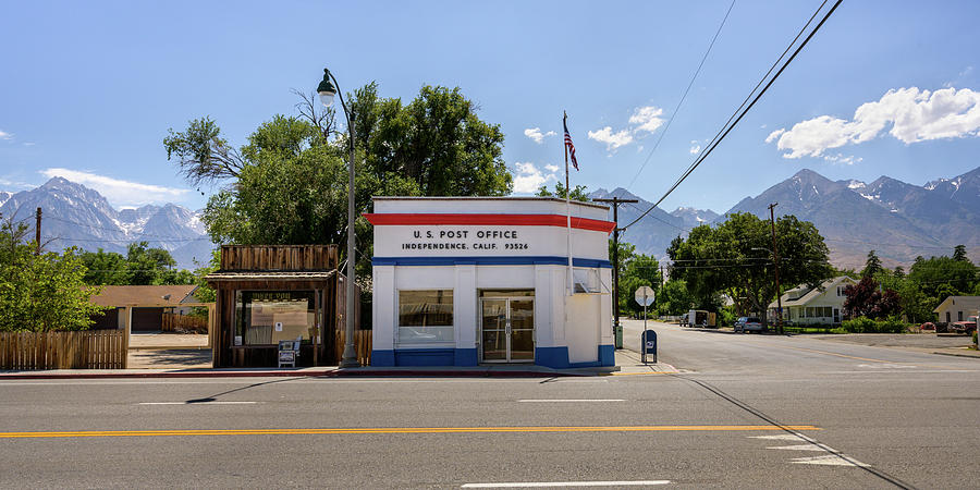 Postoffice, Highway 395, Independence, CA. by Andy Romanoff