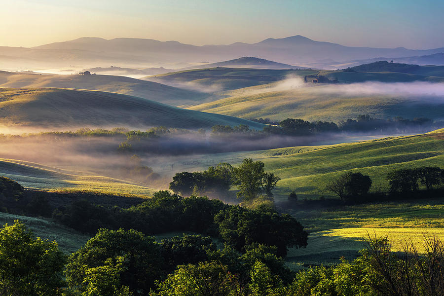 Hilly Tuscany Valley by Evgeni Dinev