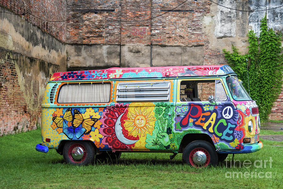 Hippie Dippie VW Micro Bus by Paul Quinn