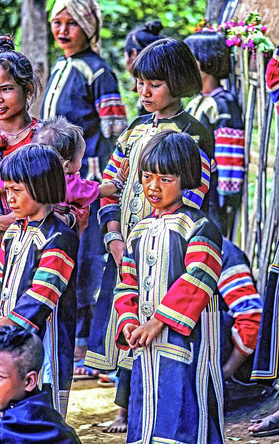 Hmong Girls Photograph
