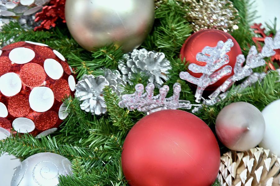 Holiday Trimmings by Cornelia DeDona