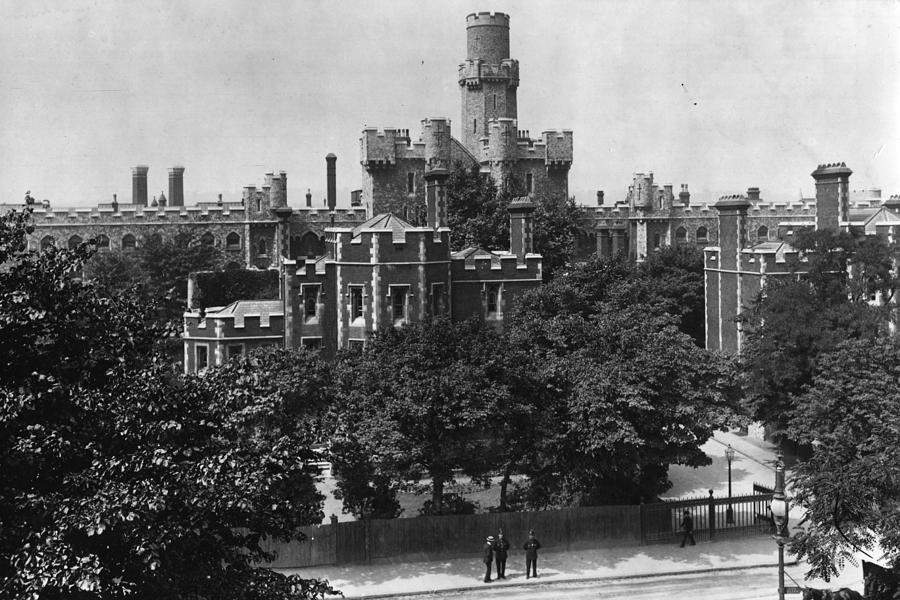 Holloway Prison Photograph by Hulton Archive