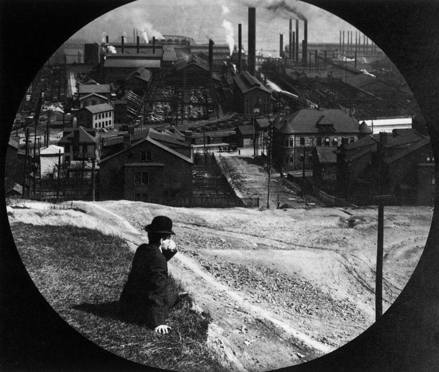 Homestead Steel Works Photograph by Hulton Archive