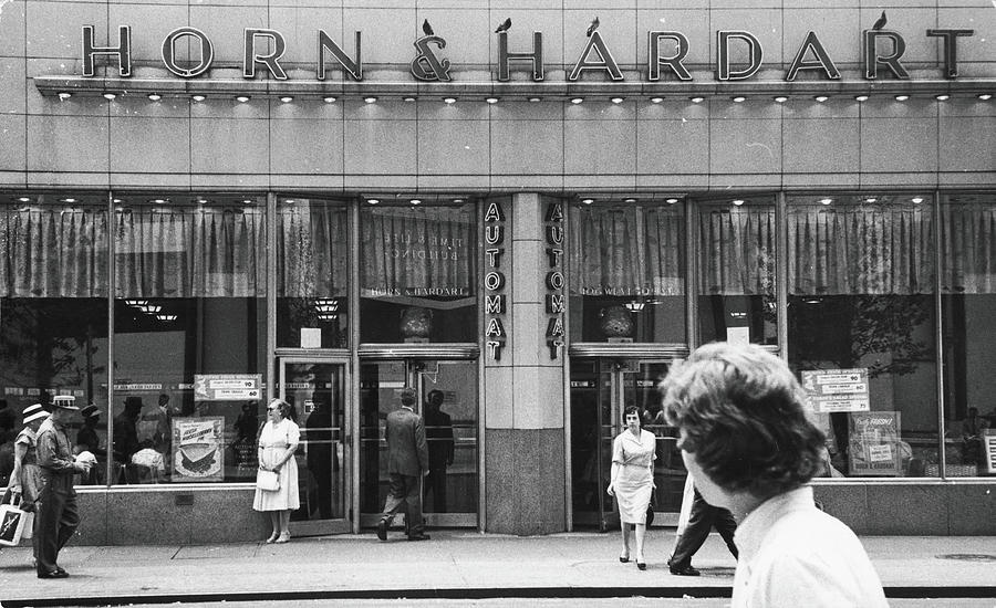 Horn And Hardart Automat, 1960 Photograph by Fred W. McDarrah