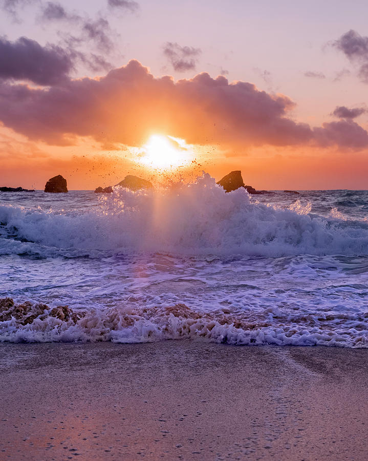 Bermuda Photograph - Horseshoe Bay Beach Bermuda Sunrise by Betsy Knapp