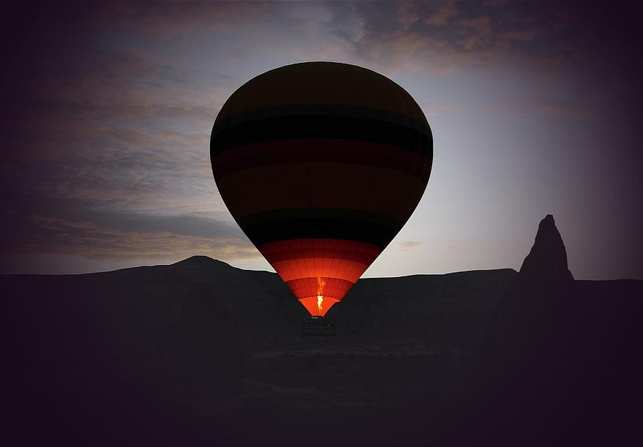 Hot Air Ballon Photograph by M.cantarero