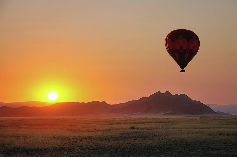 Hot Air Balloon Photograph by Paul Bruins Photography