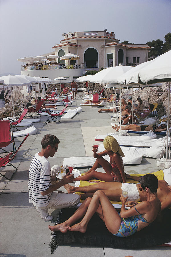 Hotel Du Cap Photograph by Slim Aarons