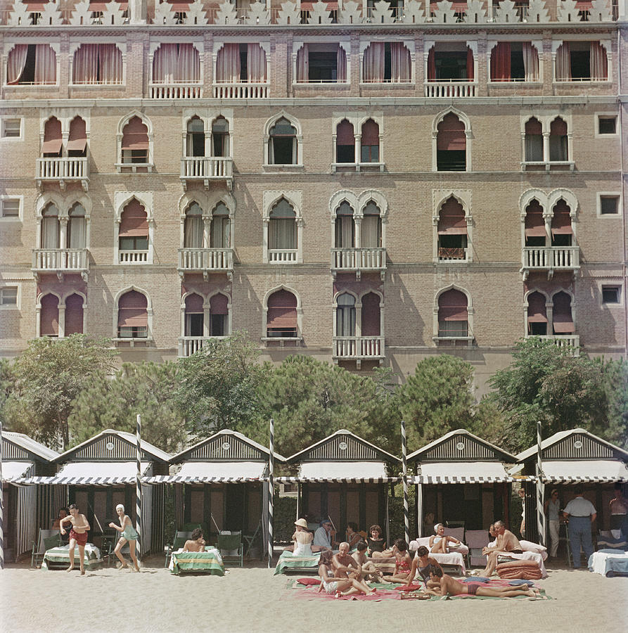 Hotel Excelsior Photograph by Slim Aarons