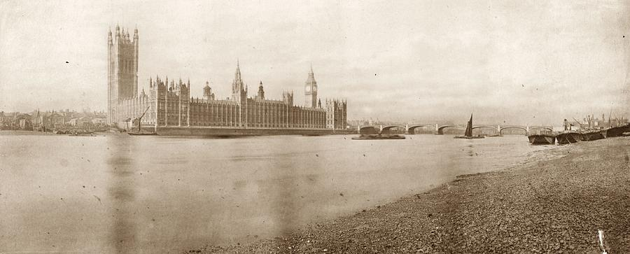 Houses Of Parliament Photograph by Hulton Archive