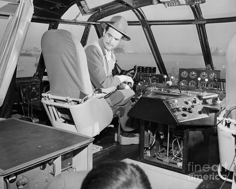 Howard Hughes In Cockpit Of Spruce Goose Photograph by Bettmann