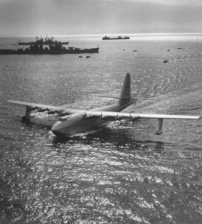 Hughes Spruce Goose Photograph by J. R. Eyerman