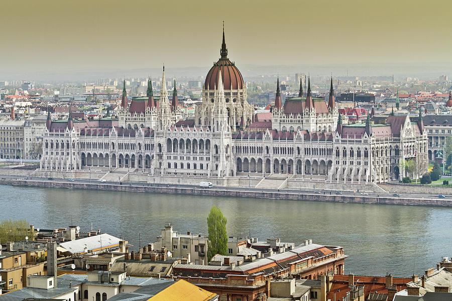 Hungarian Parliament Building Photograph by (c) Thanachai Wachiraworakam
