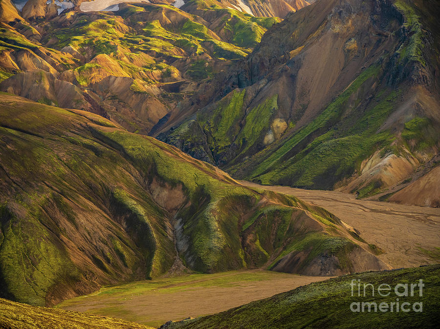 Iceland Photograph - Icelandic Highlands Landmannalaugar Into The Vondugil Valley by Mike Reid