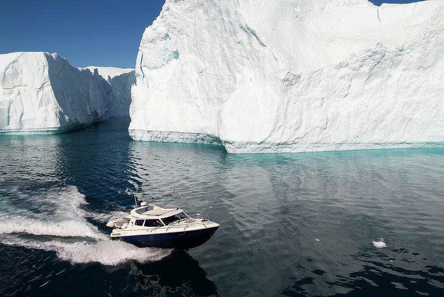 Ilulissat, Disko Bay Photograph by Gabrielle Therin-weise