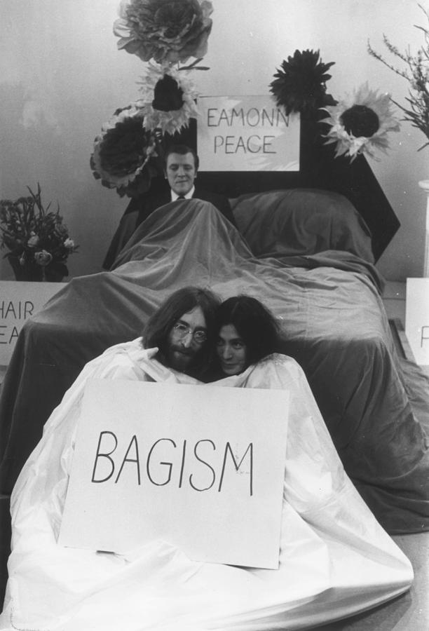 In Bed With Eamonn Photograph by Bob Aylott