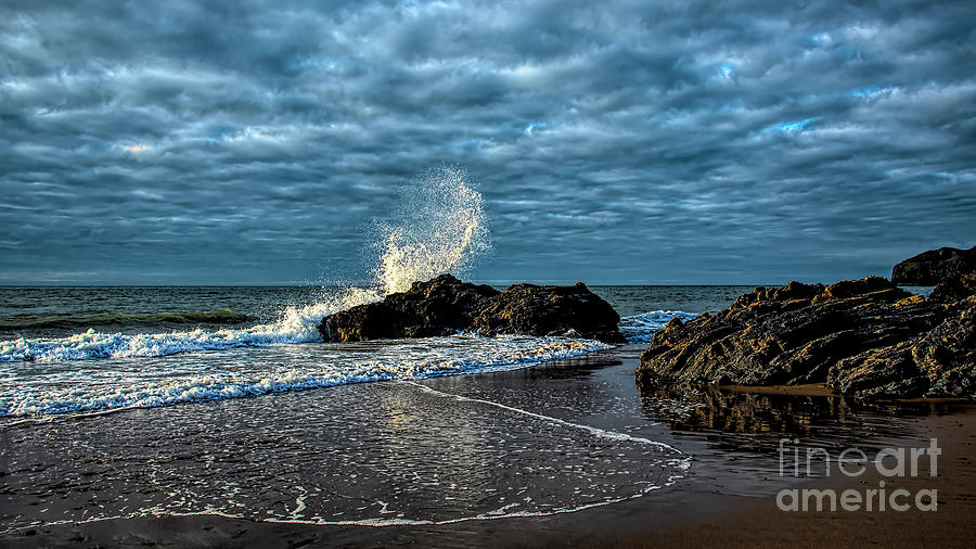 Incoming Tide by Chris Thaxter