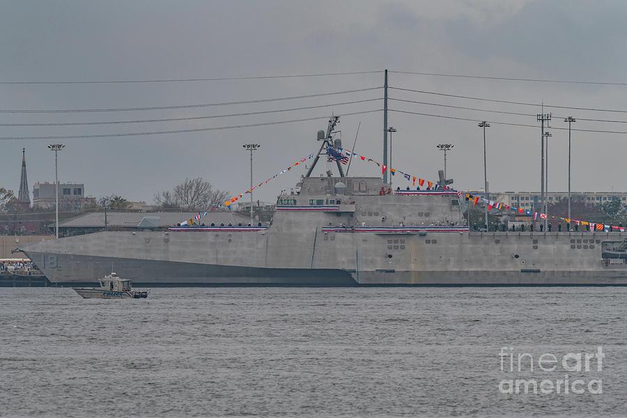 Independence Class Litoral Combat Ship Photograph