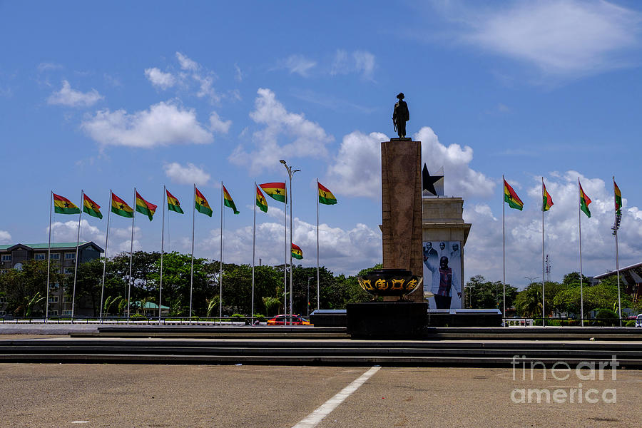 Independence Square Statue Photograph by Rosn123