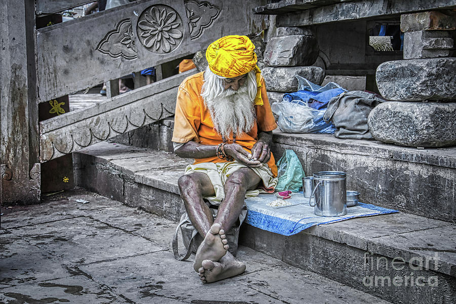 Dastar Photograph - India Streets - An Indian Old Man by Stefano Senise