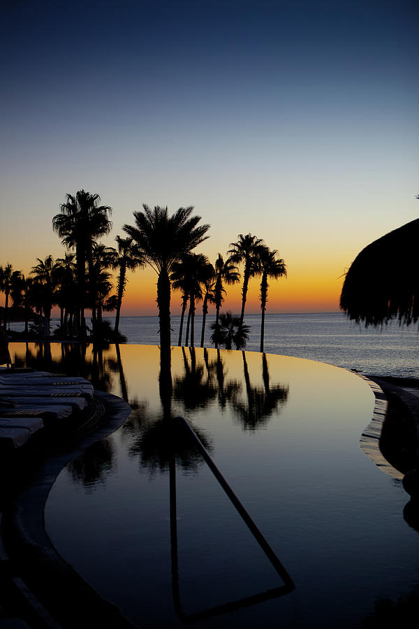Infinity Pool At Sunset Photograph by P wei