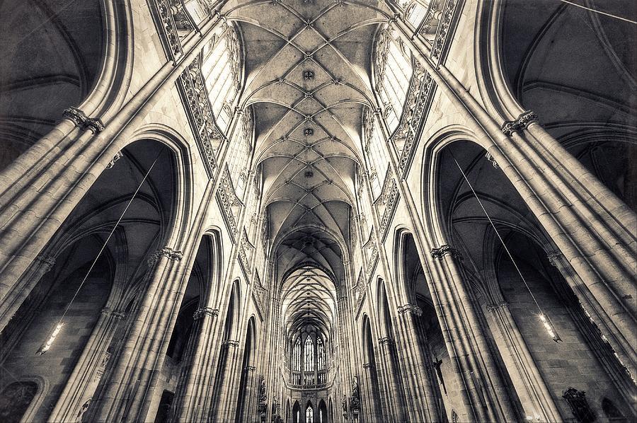 Inside Of St. Vitus Church Photograph by Shan.shihan
