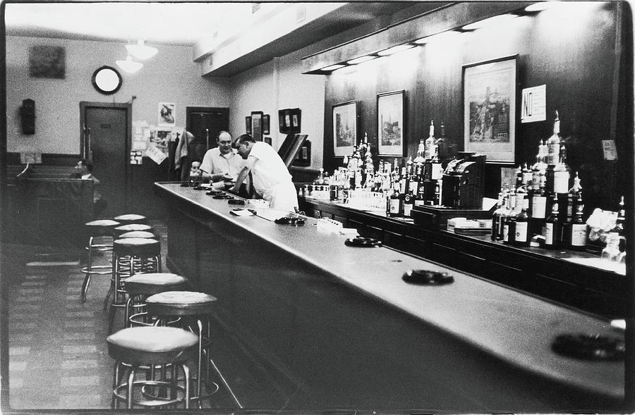 Inside The Cedar Street Tavern Photograph by Fred W. McDarrah