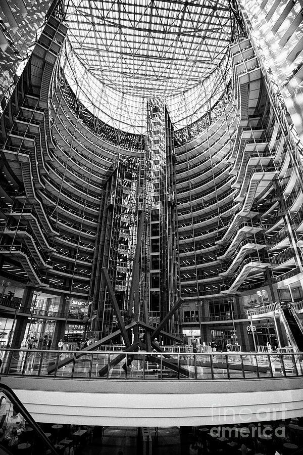 Chicago Photograph - Interior Atrium Of The James R. Thompson Center Chicago Illinois United States Of America by Joe Fox