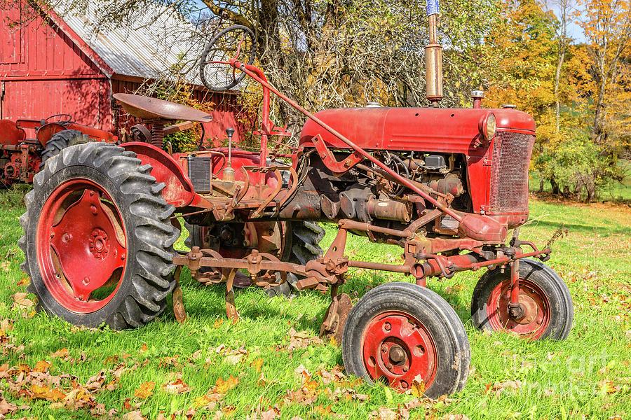 International Harvester Photograph - International Harvester F-cub Vintage Tractor by Edward Fielding