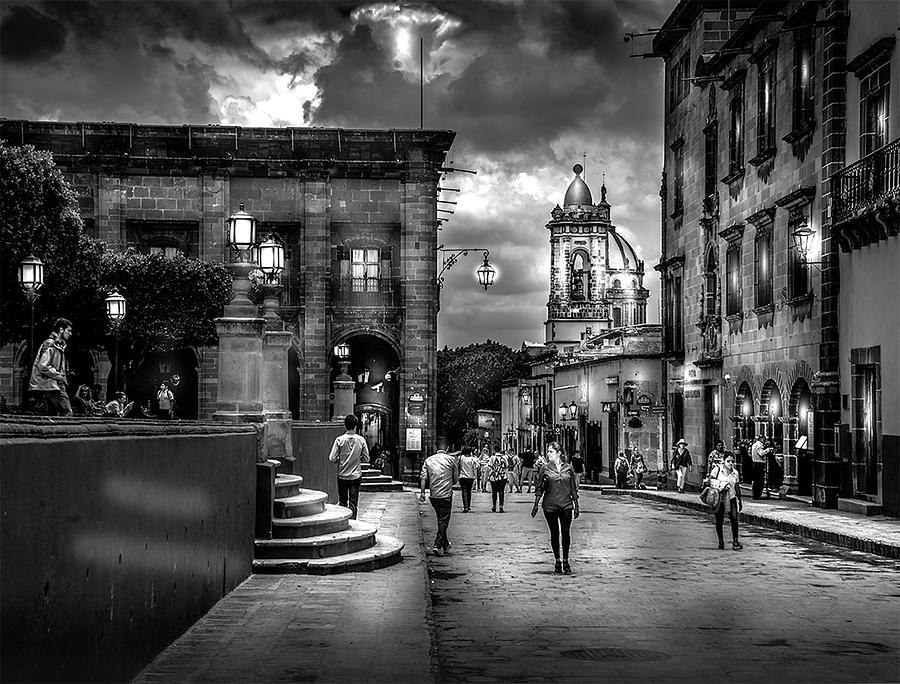 Intown by Barry Weiss